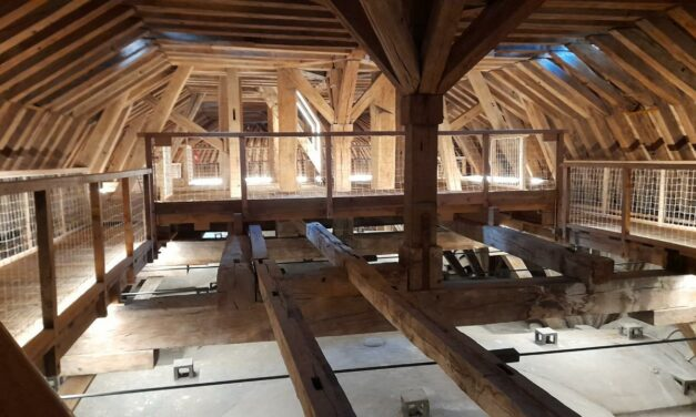 Combles de la Chapelle Royale du Château de Versailles